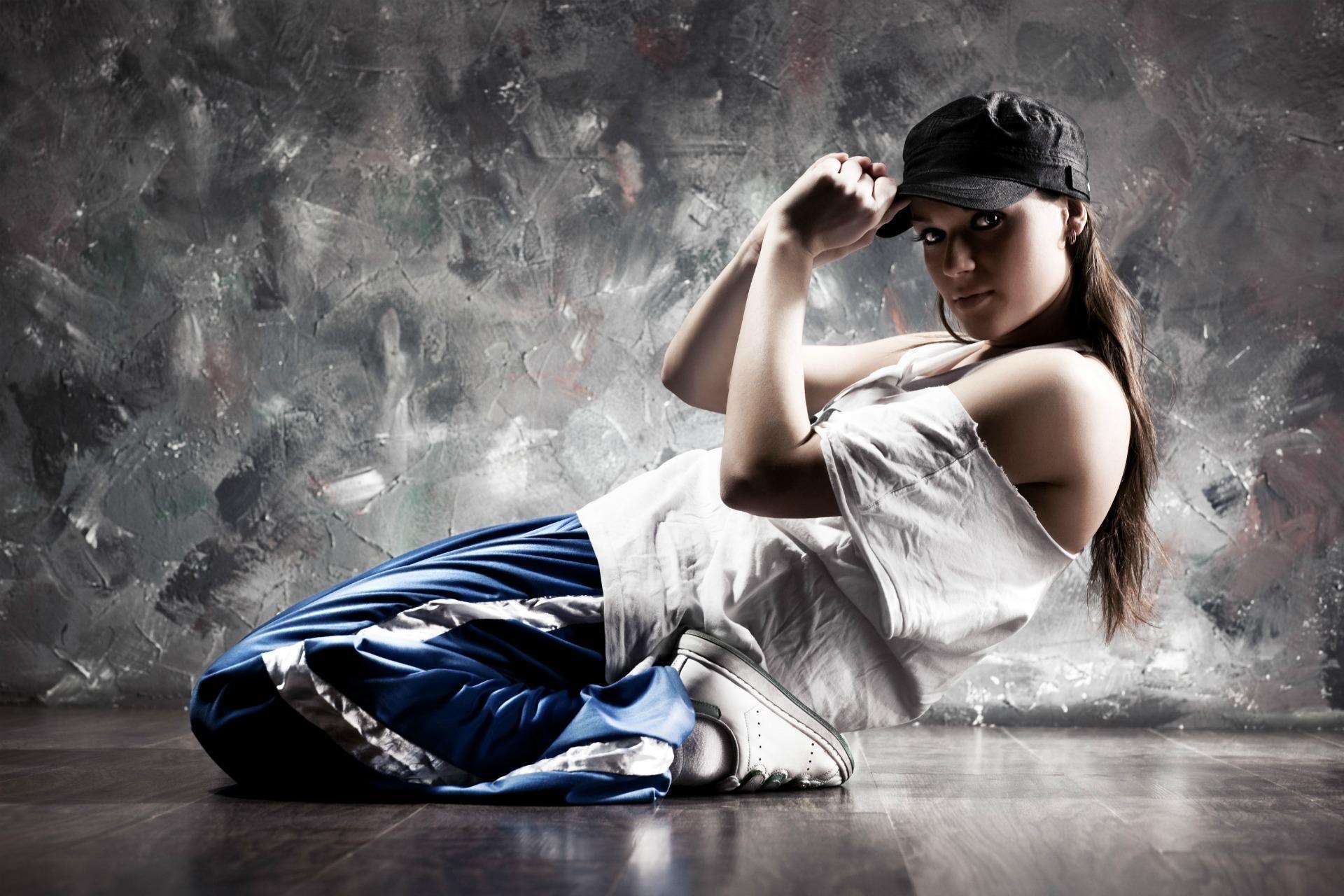 Чем так интересны спортивные виды танцев?